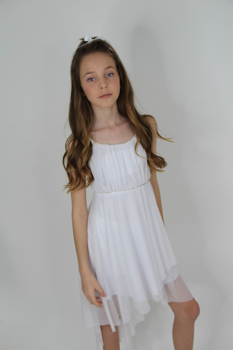 שמלות בת מצווה