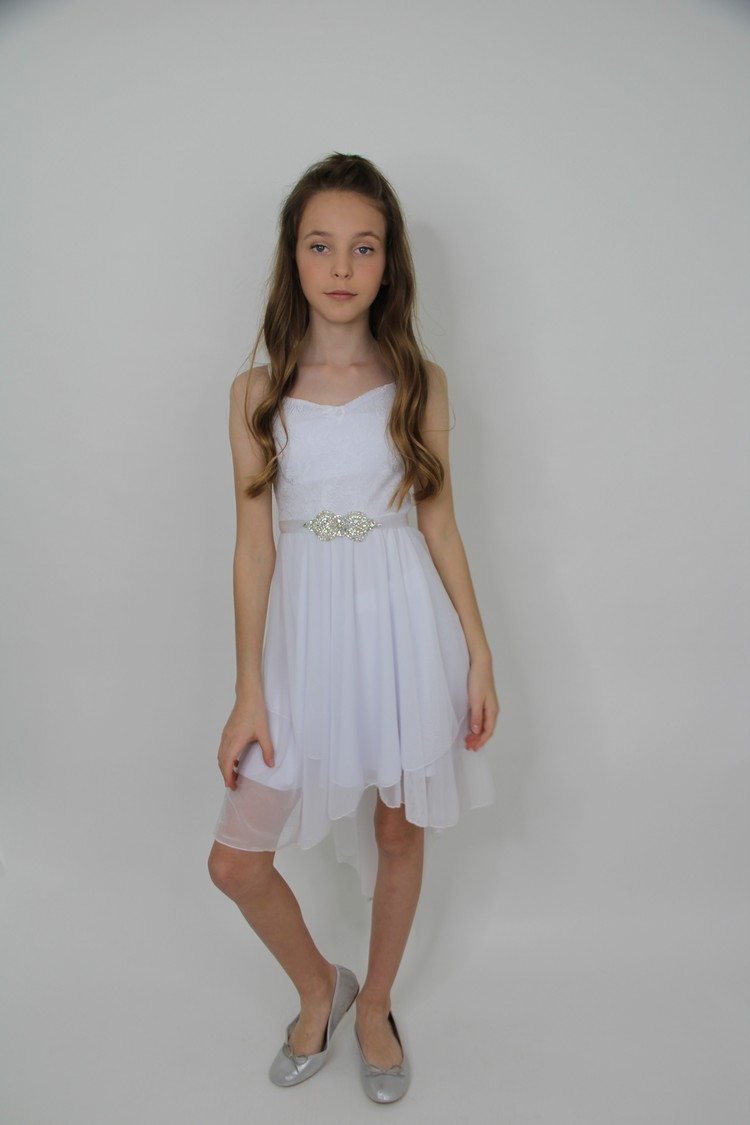 שמלות לבת מצווה